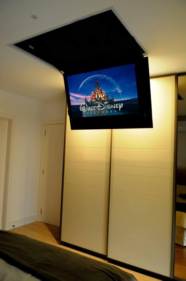 lift para tv aberto