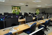 IBEMEC-sala-de-aula-e-laboratório-com-projeção-e-som2